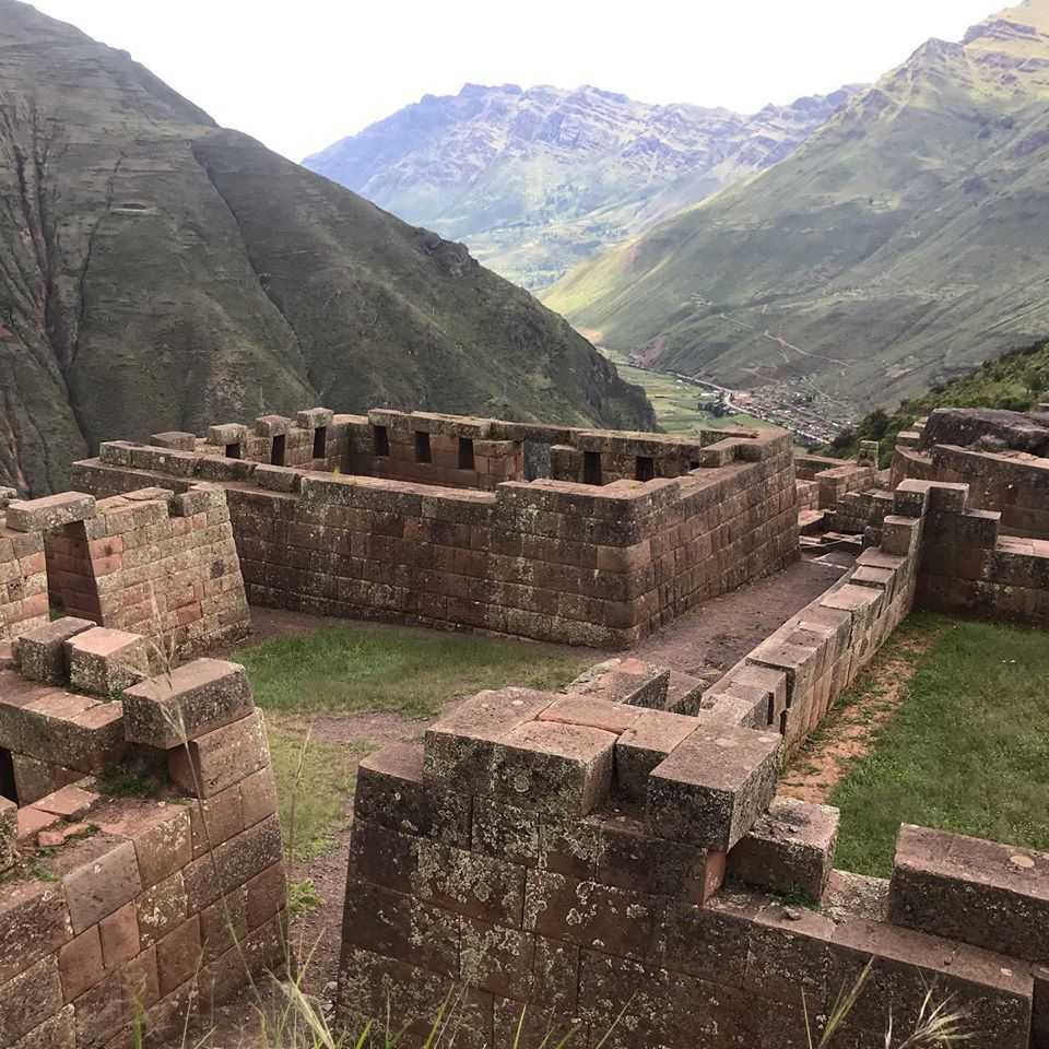 sacred valley tour southern crossings peru
